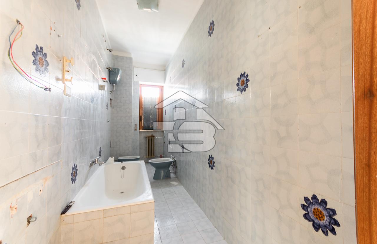 Foto 13 - Appartamento in Vendita a Manfredonia - Via di Vittorio