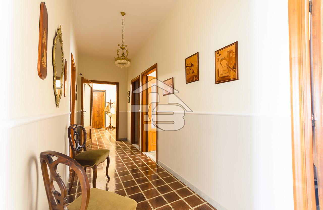 Foto 11 - Appartamento in Vendita a Manfredonia - Via Giuseppe di Vittorio