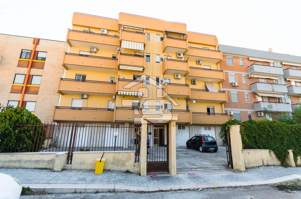 Foto 1 - Appartamento in Vendita a Manfredonia - Via Cimabue
