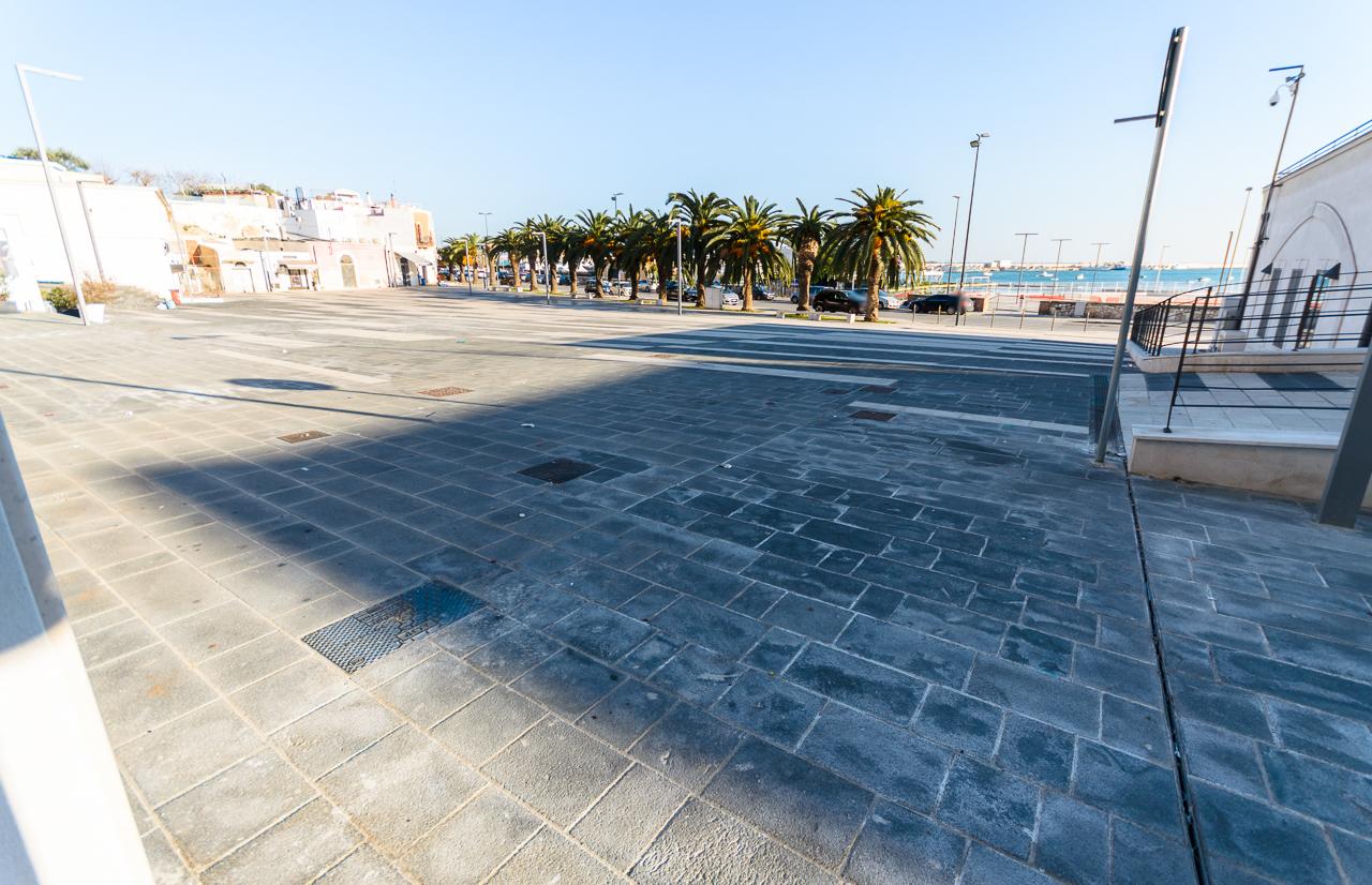 Foto 4 - Locale commerciale in Locazione a Manfredonia - Largo Diomede