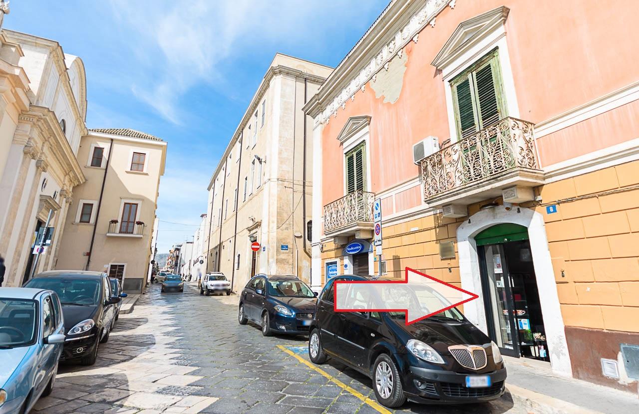 Foto 2 - Locale commerciale in Locazione a Manfredonia - Piazza Papa Giovanni XIII