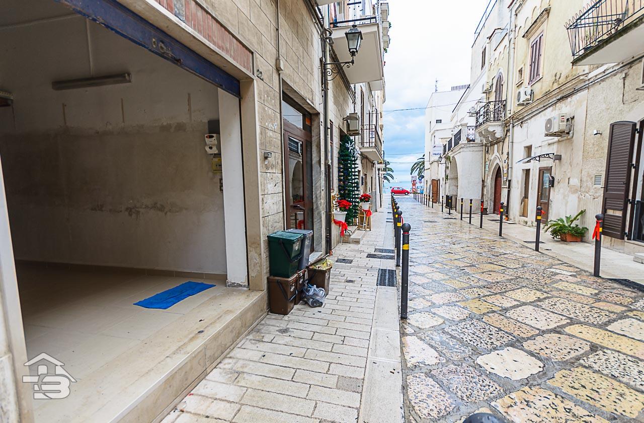 Foto 6 - Locale commerciale in Locazione a Manfredonia - Via Campanile