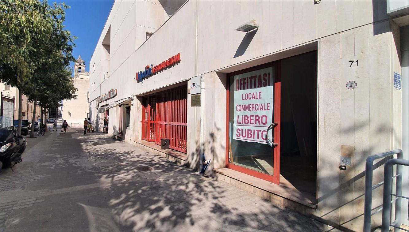 Foto 1 - Locale commerciale in Locazione a Manfredonia - Via Tribuna
