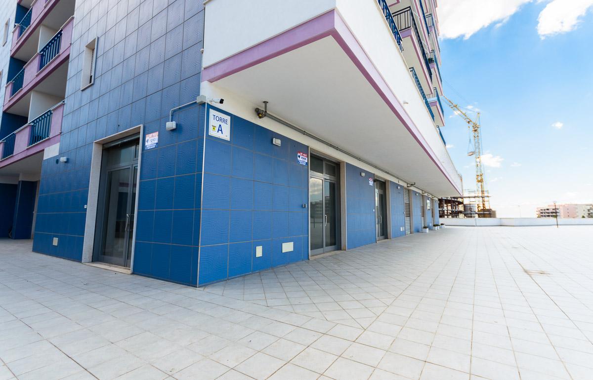 Foto 2 - Locale commerciale in Vendita a Manfredonia - Via Calle del Porto