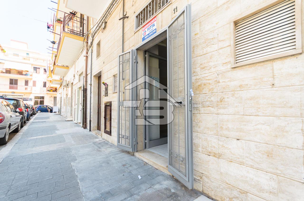 Foto 10 - Laboratorio/magazzino in Vendita a Manfredonia - Via I Maggio