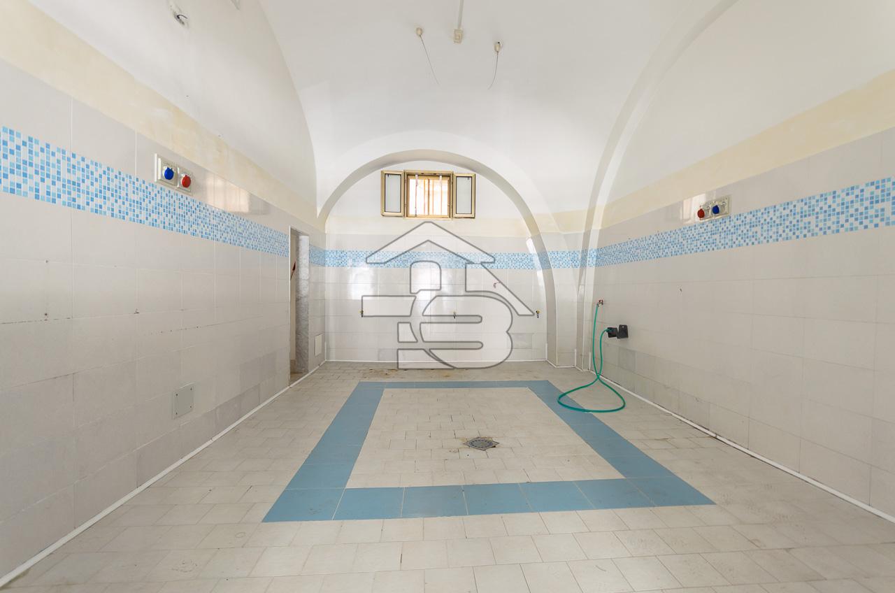 Foto 4 - Laboratorio/magazzino in Vendita a Manfredonia - Via I Maggio