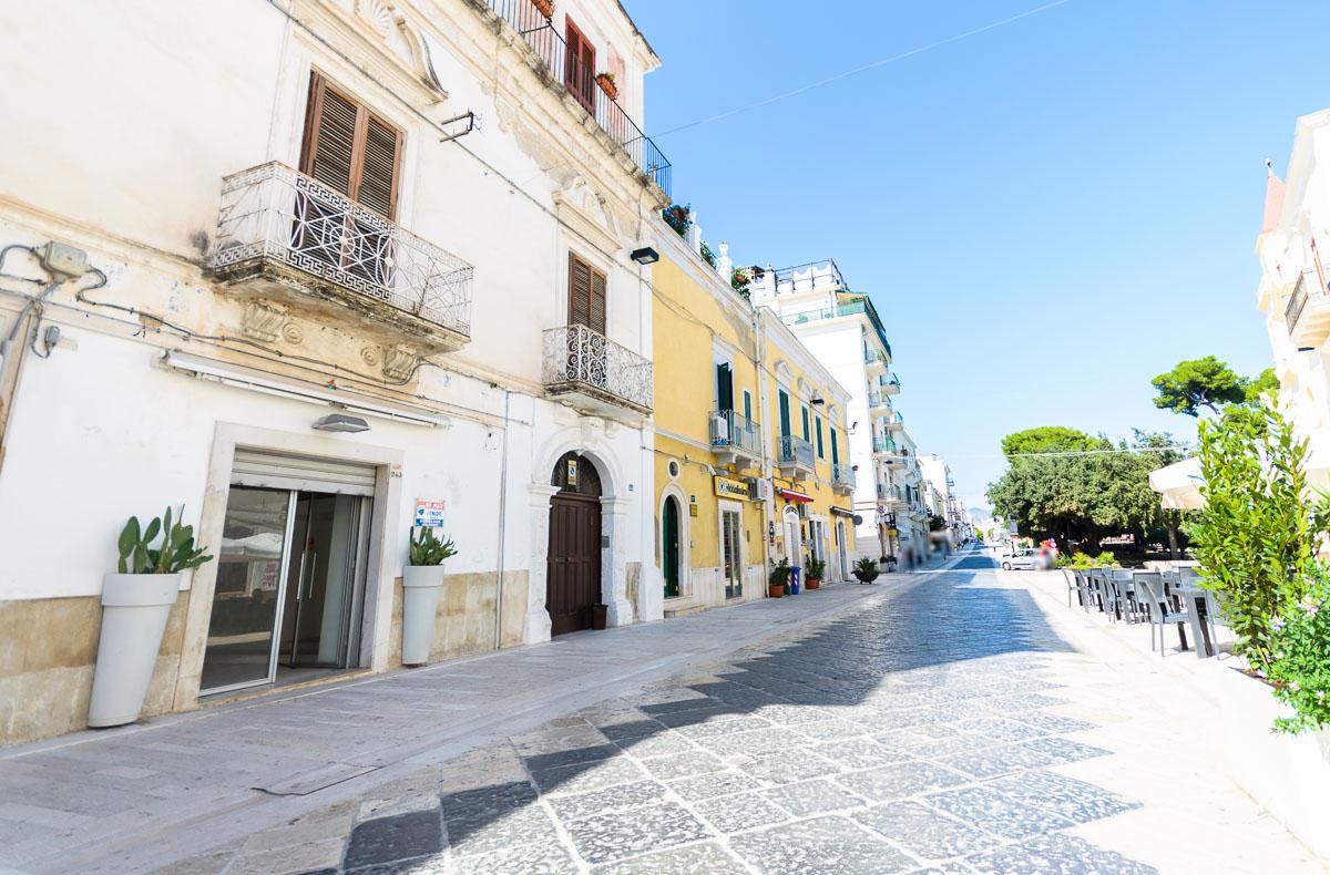 Foto 10 - Locale commerciale in Vendita a Manfredonia - Corso Manfredi
