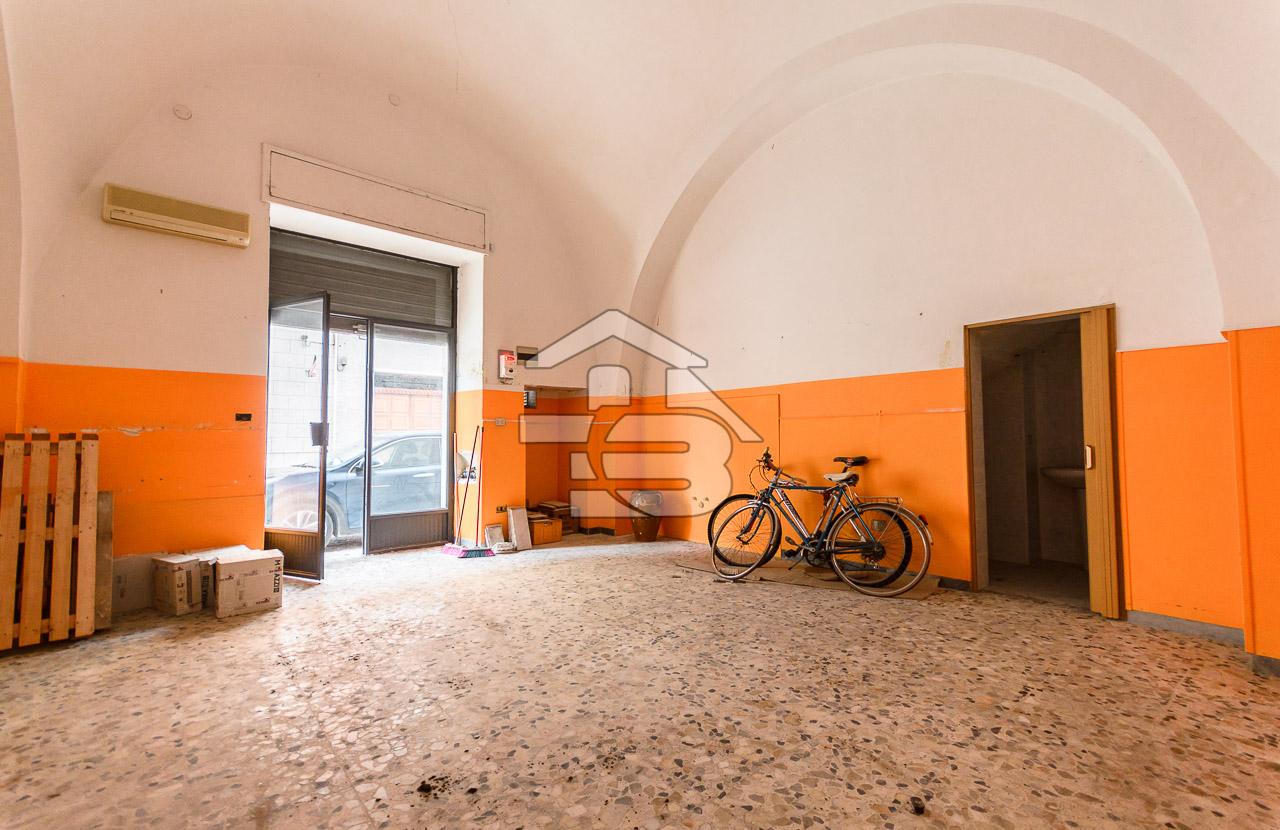Foto 4 - Locale commerciale in Vendita a Manfredonia - Corso Roma