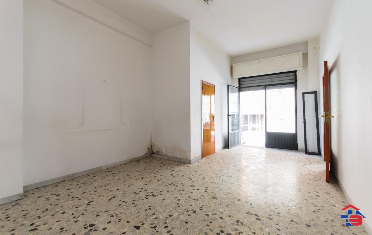 Foto 5 - Laboratorio/magazzino in Vendita a Manfredonia - Via Petrarca
