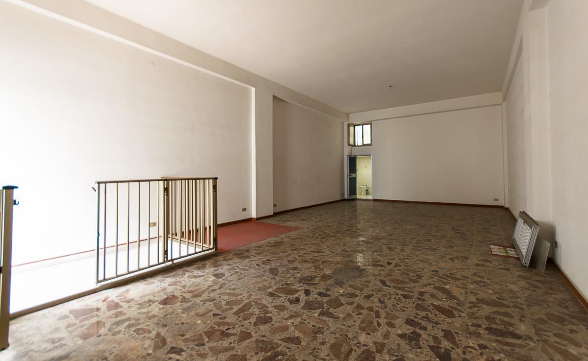 Foto 3 - Laboratorio/magazzino in Vendita a Manfredonia - Via Carlo Frattarolo