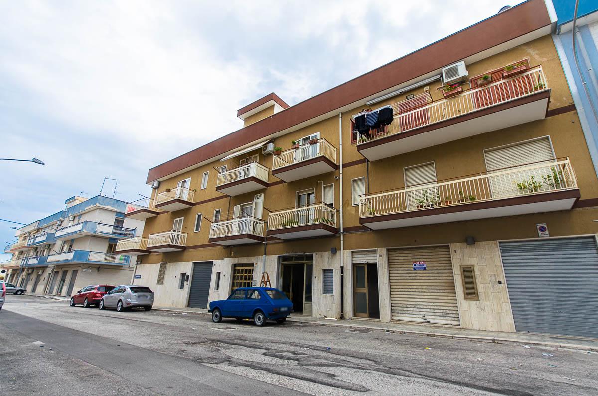 Foto 9 - Laboratorio/magazzino in Vendita a Manfredonia - Via Carlo Frattarolo