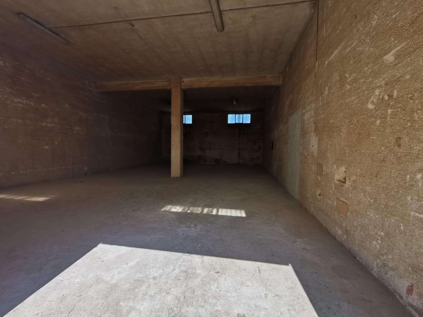 Foto 3 - Laboratorio/magazzino in Vendita a Manfredonia - Viale Padre Pio - Posta del Fosso