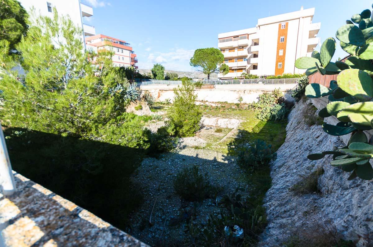 Foto 1 - Terreno in Vendita a Manfredonia - Via Tenente Sinigallia