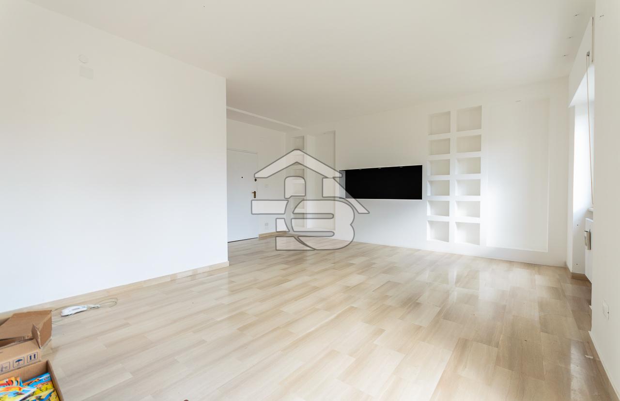 Foto 9 - Ufficio/studio in Locazione a Manfredonia - Viale Beccarini