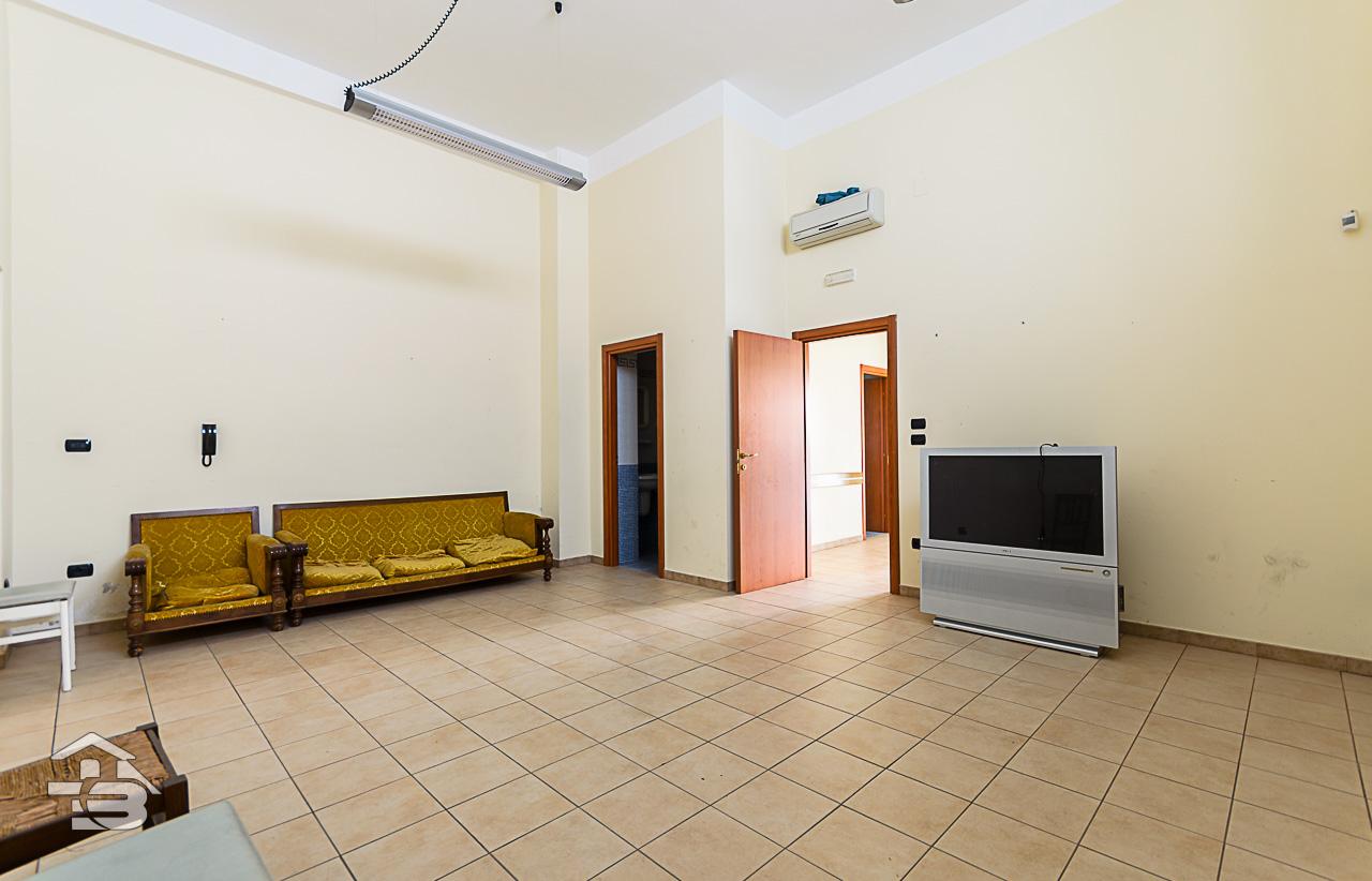 Foto 4 - Ufficio/studio in Locazione a Manfredonia - Via Orto Sdanga