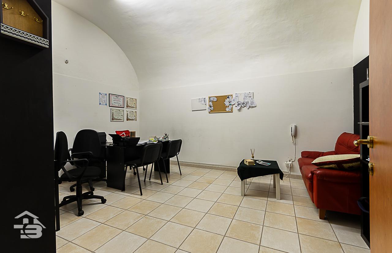 Foto 11 - Ufficio/studio in Vendita a Manfredonia - Corso Roma