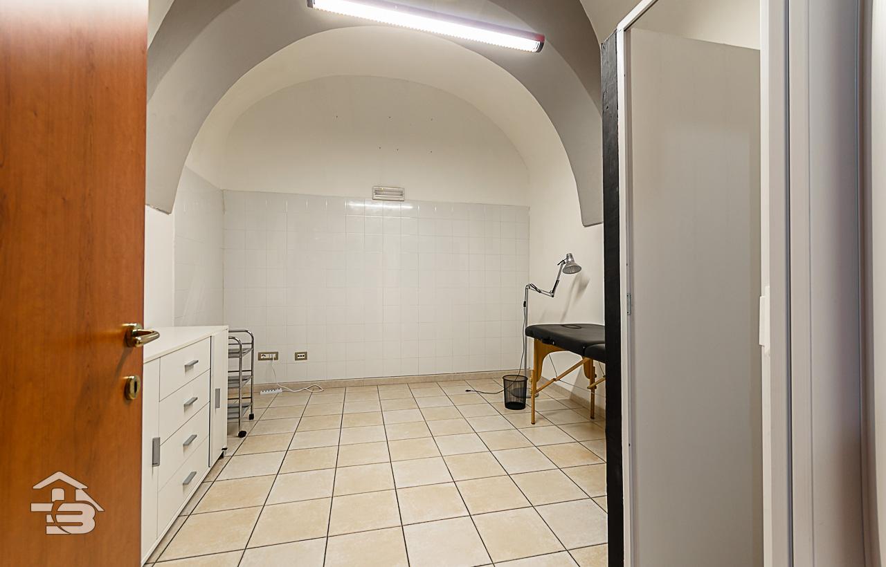 Foto 7 - Ufficio/studio in Vendita a Manfredonia - Corso Roma